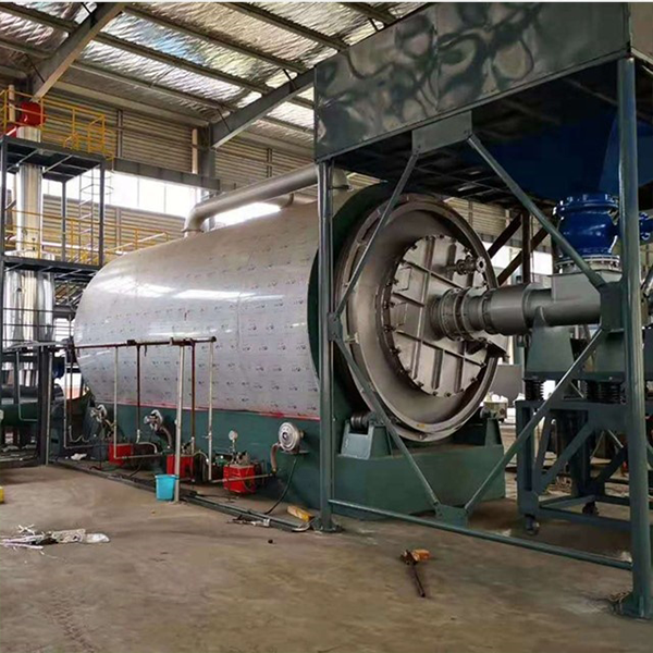 Semi-continuous tire powder pyrolysis equipment