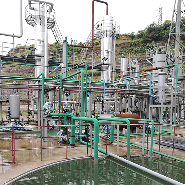 Waste engine oil refining base oil with 100 tons