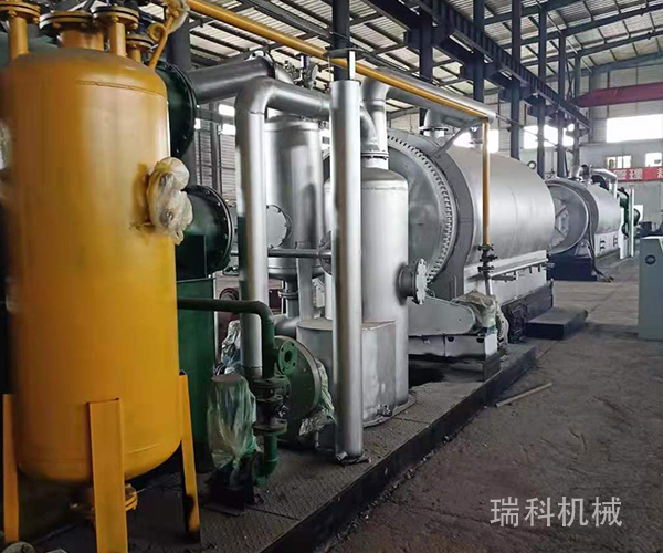 Complete 4 tons of tire pyrolysis equipment made in Thailand